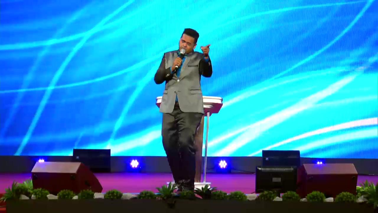 Domingo, 11 de Agosto de 2019 Ya estamos en Vivo desde el Tabernáculo de Alabanza y Restauración La Senda Antigua con el culto Impactando Naciones con el Salmista Lenny Salcedo