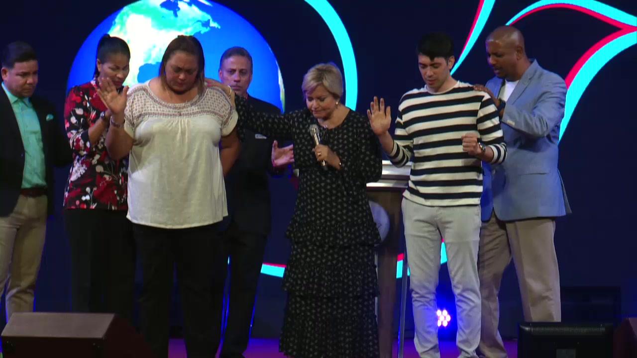 Miércoles, 7 de agosto de 2019, Ya estamos en VIVO en el Culto Impactando Naciones con la Apóstol Wanda Rolón, ¡¡¡VAMOS POR MAS!!! #impactandonaciones #7deagostode2019 #miercoles #wandarolon #apostolwandarolon